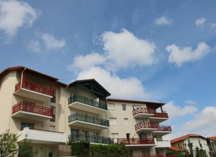 7eb9fa8b5b8 Vente appartement 2 pièces Bayonne (64)