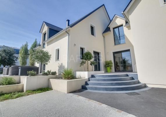 Maison villa 265 m² 9 pièces cabourg