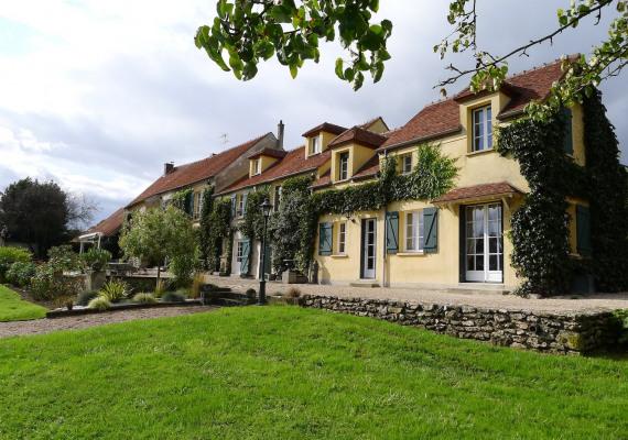 Vente Maison Villa De Luxe CrcyLaChapelle  France  Achat
