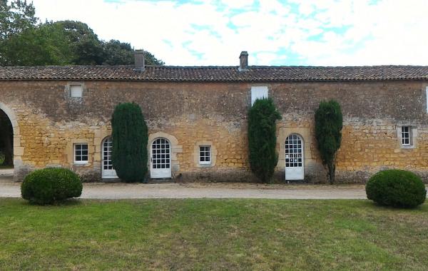 57defcd943c Gîte des Gardes 2 à Château-Chesnel près de Cognac 3étoiles