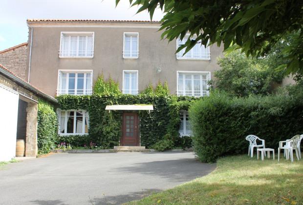 16bce68be2f Location vacances Fontclaireau - Gite   maison Fontclaireau particuliers -  Annonce A17884