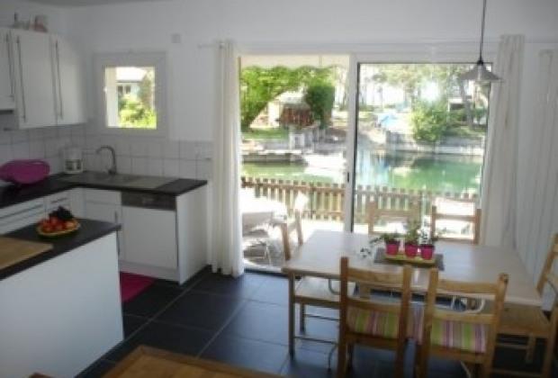 location vacances thonon les bains gite maison thonon les bains particuliers annonce a14135. Black Bedroom Furniture Sets. Home Design Ideas