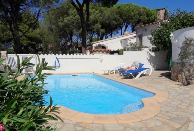 Location Vacances Figueras  Vacances Figueras  AGitesCom