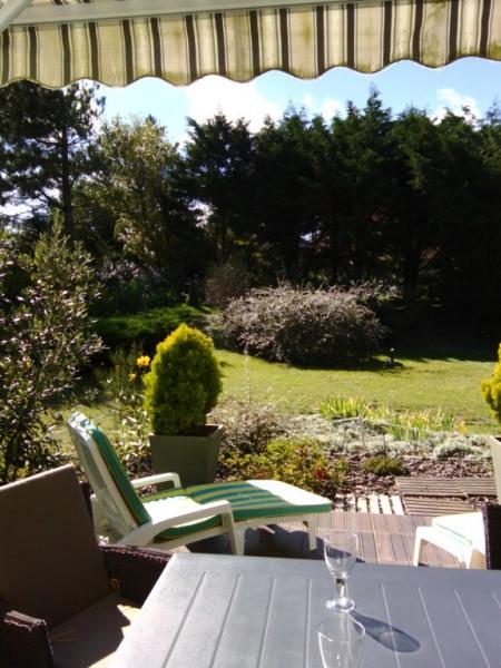 terrasse plein soleil vue jardin