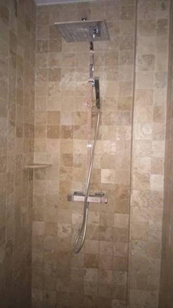 douche à l'italienne à l'étage
