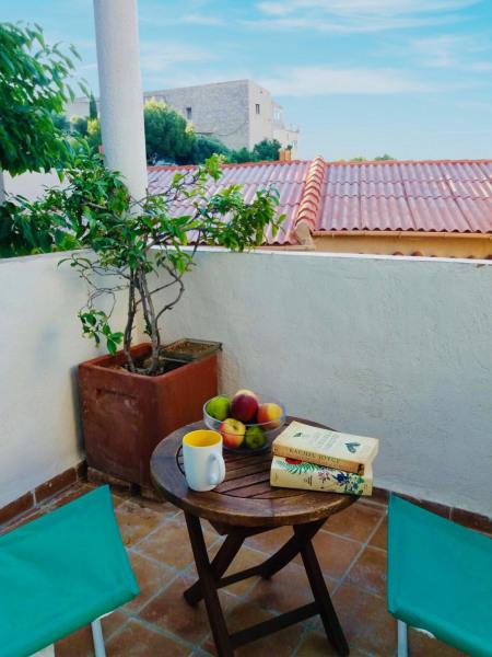 Alquileres de vacaciones Le Rove - Apartamento - 2 personas - Televisión - Foto N° 1