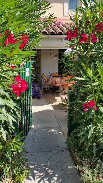 Location vacances Le Grau-du-Roi -  Maison - 4 personnes - Barbecue - Photo N° 1