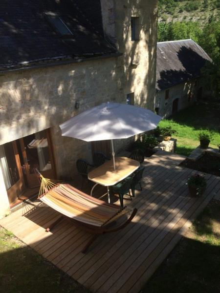 Location vacances Beaumat -  Gite - 4 personnes - Barbecue - Photo N° 1