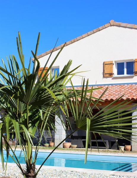 Location vacances Saint-Alban-Auriolles -  Chambre d'hôtes - 2 personnes - Barbecue - Photo N° 1
