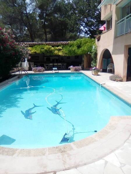 Grand appartement dans bastide  4 Kms D'aix En Provence 6 personnes