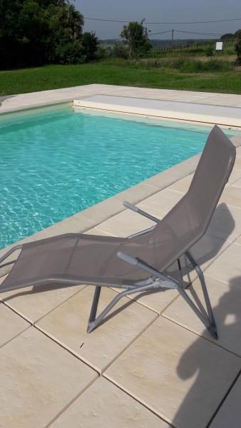 piscine privative avec volet roulant sécurisé