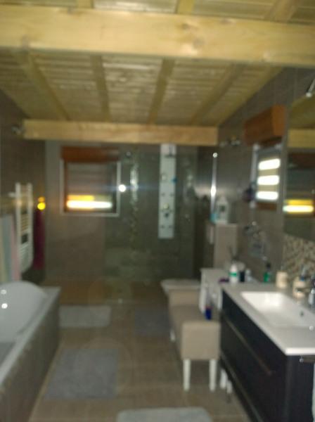 Nouvelles salle de bains  de 10m2 ,accés pers à mobilité réduite douche itlienne