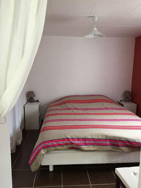 Chambre a coucher, lit double de 160x200