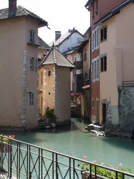 Location vacances Annecy -  Appartement - 6 personnes - Lave-linge - Photo N° 1