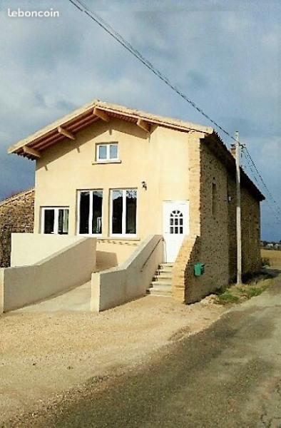 Appartement chaleureux et spacieux à la campagne dans un joli petit village perché  proche de Crest