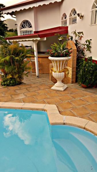 Appartement pour 6 pers. avec piscine privée, Saint-Claude