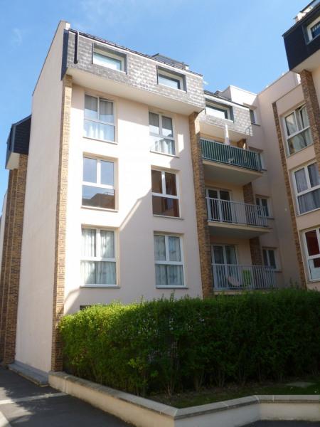 location appartement 52m la garenne colombes hauts de seine de particuliers et. Black Bedroom Furniture Sets. Home Design Ideas