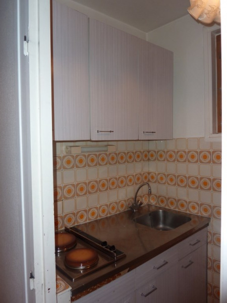 Kitchenette petit appartement
