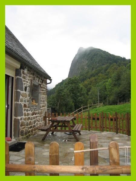 Terrasse vue sur la roche Tuilière