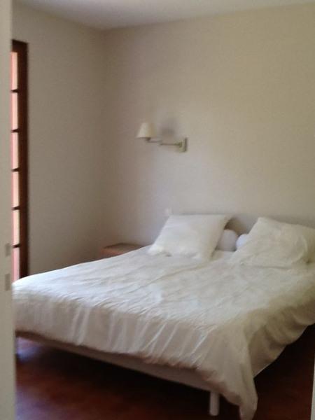 Chambre 1 avec un lit de 160 sur 200