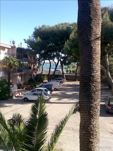 Location vacances Sanary-sur-Mer -  Appartement - 2 personnes - Cour - Photo N° 1