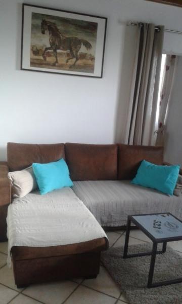 Salon avec canapé lit 160 x 200