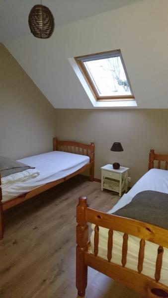 chambre avec 2 lits simples à l'étage