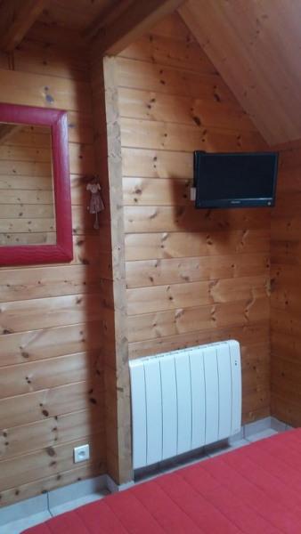 Chambre R de C Télévision Radiateur PS : Toutes les pièces ont 1 ou 2 radiateurs