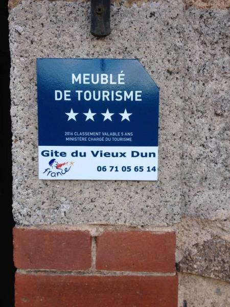 Location vacances Dun-les-Places -  Maison - 12 personnes - Barbecue - Photo N° 1