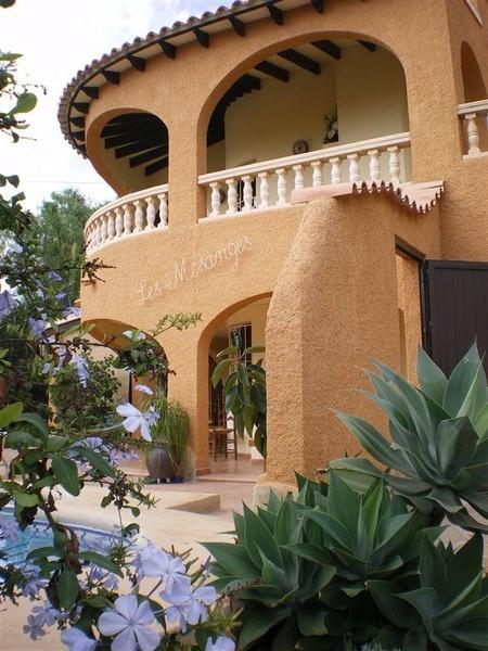 Superbe villa avec piscine privée au calme, près de la mer