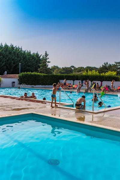Location vacances Les Mathes -  Maison - 6 personnes - Jeux d'extérieurs - Photo N° 1