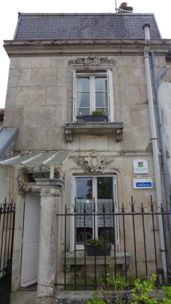 Location vacances Langres -  Gite - 4 personnes - Salon de jardin - Photo N° 1