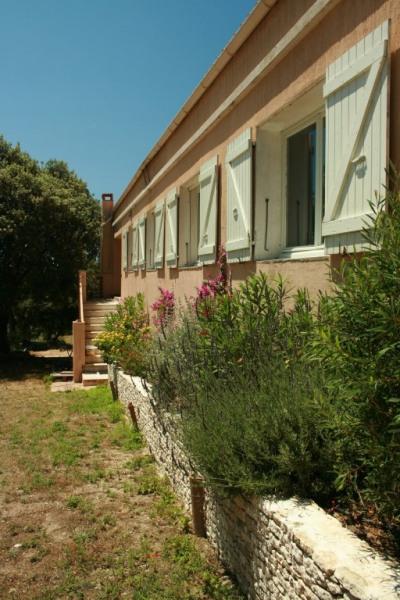 Maison conviviale avec jardin privatif de 5000 m²