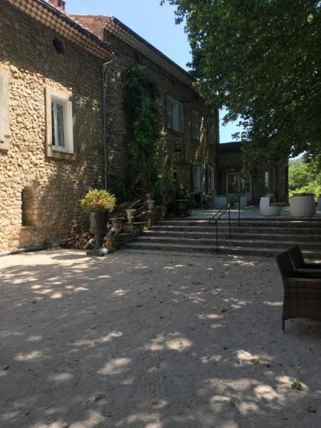 Location vacances Villecroze -  Gite - 4 personnes - Barbecue - Photo N° 1