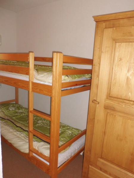 chambre avec 2 lits de 1 personne