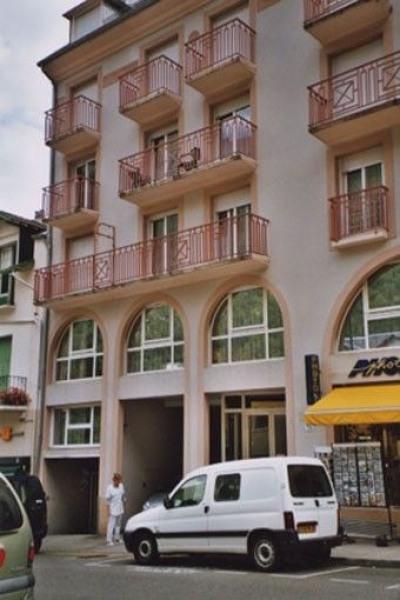 Bel appartement (T2) très clair, en montagne ,proche des télécabines, des thermes et des commerces.Vue montagne.