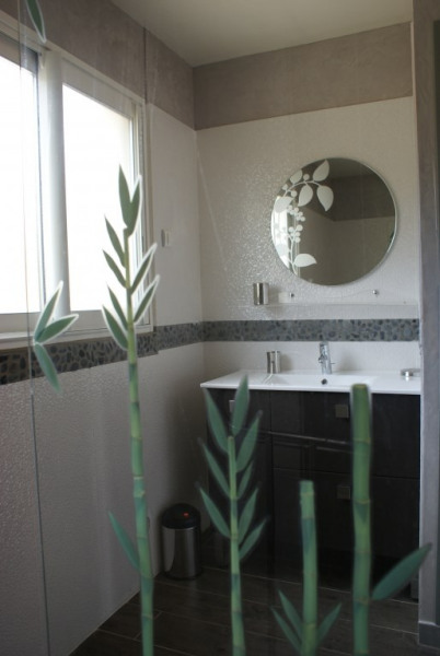 SDB Italienne côté lavabo HAUT