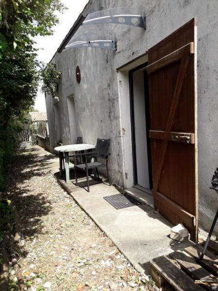 Appt 2 pièces-60 m2-6 couchages-ESNANDES (15 min au Nord de La Rochelle)-CALME-tout équipé-15 min à pied de l'océan