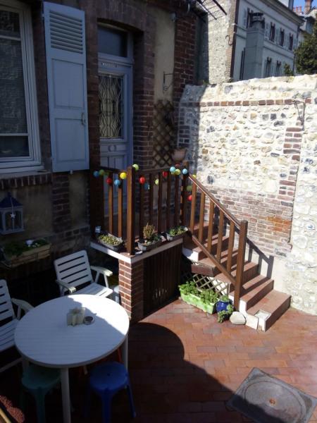 Location vacances Honfleur -  Appartement - 4 personnes - Salon de jardin - Photo N° 1