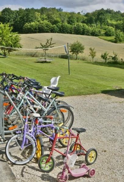 jeux pour enfants Vélos à dispositions