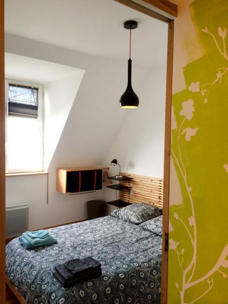 la chambre avec lit double coté mer