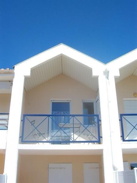 200m plage, 1200m centre ville, Coquet appartement 1er étage avec balcon 2 personnes