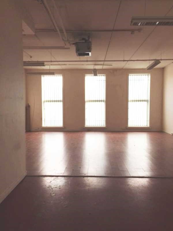 location local d 39 activit s nanterre hauts de seine 92 1032 m r f rence n 135152. Black Bedroom Furniture Sets. Home Design Ideas