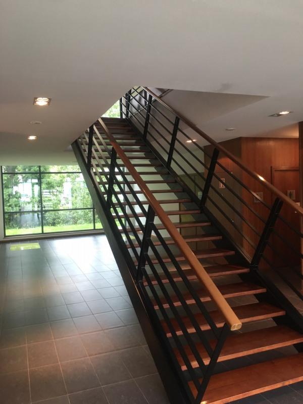 vente bureau limonest rh ne 69 487 m r f rence n limonest 487m2. Black Bedroom Furniture Sets. Home Design Ideas