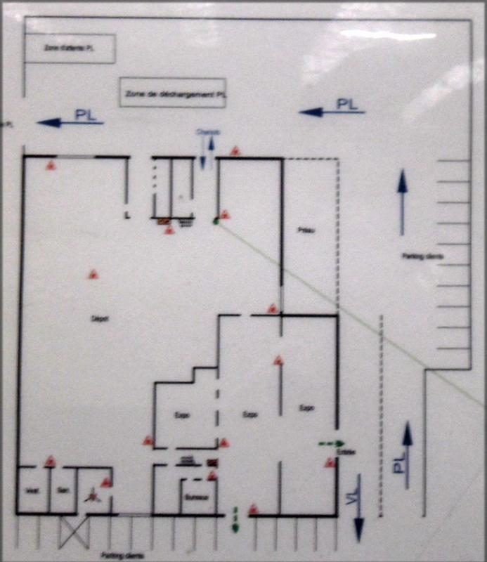 location local d 39 activit s entrep t rennes lorient saint brieuc 35000 local d 39 activit s. Black Bedroom Furniture Sets. Home Design Ideas