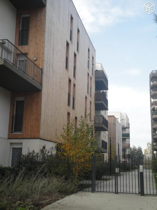 Location appartement 4 pi ces bordeaux appartement f4 t4 for Location appartement bordeaux particulier