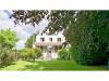 7pièces - 180 m² Rare sur le secteur, à proximité de toutes commodités, maison de famille semi-bourgeoise ...