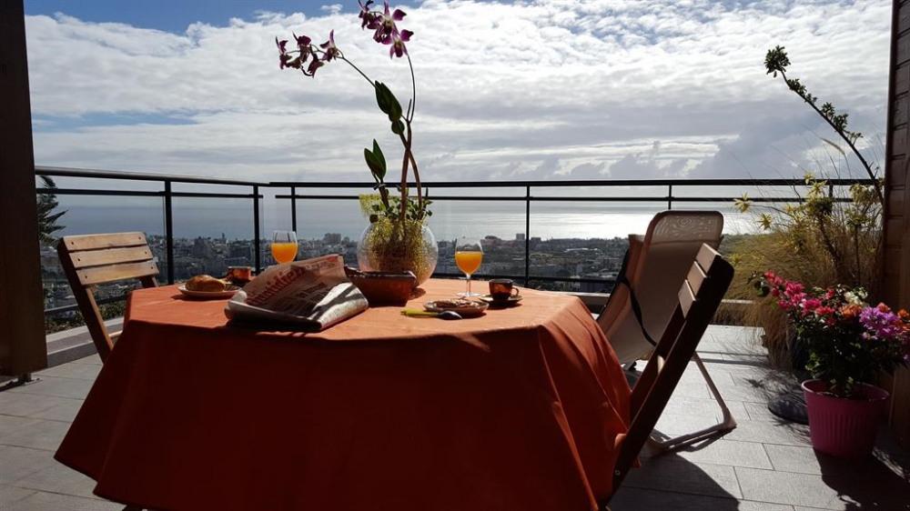 Location vacances Saint-Denis -  Appartement - 4 personnes - Jardin - Photo N° 1