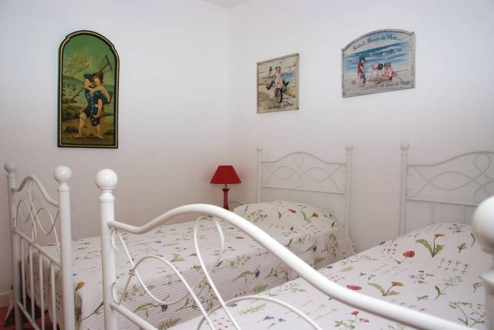 chambre étage 2 lits de 0,90