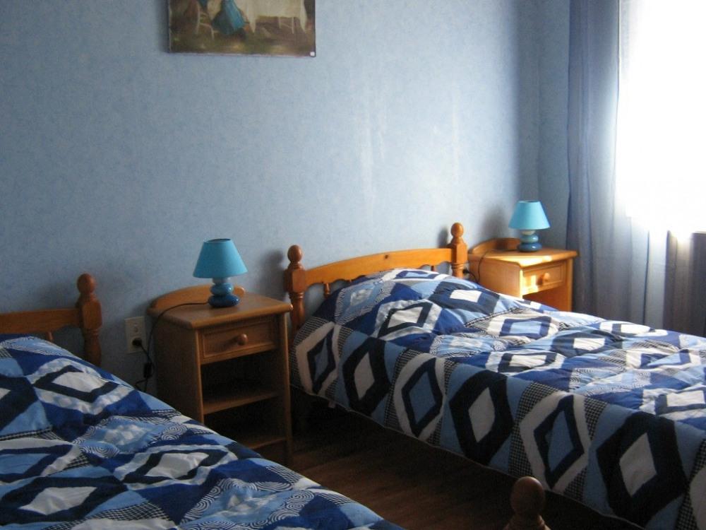 Chambre 2 - 2 lits de 90